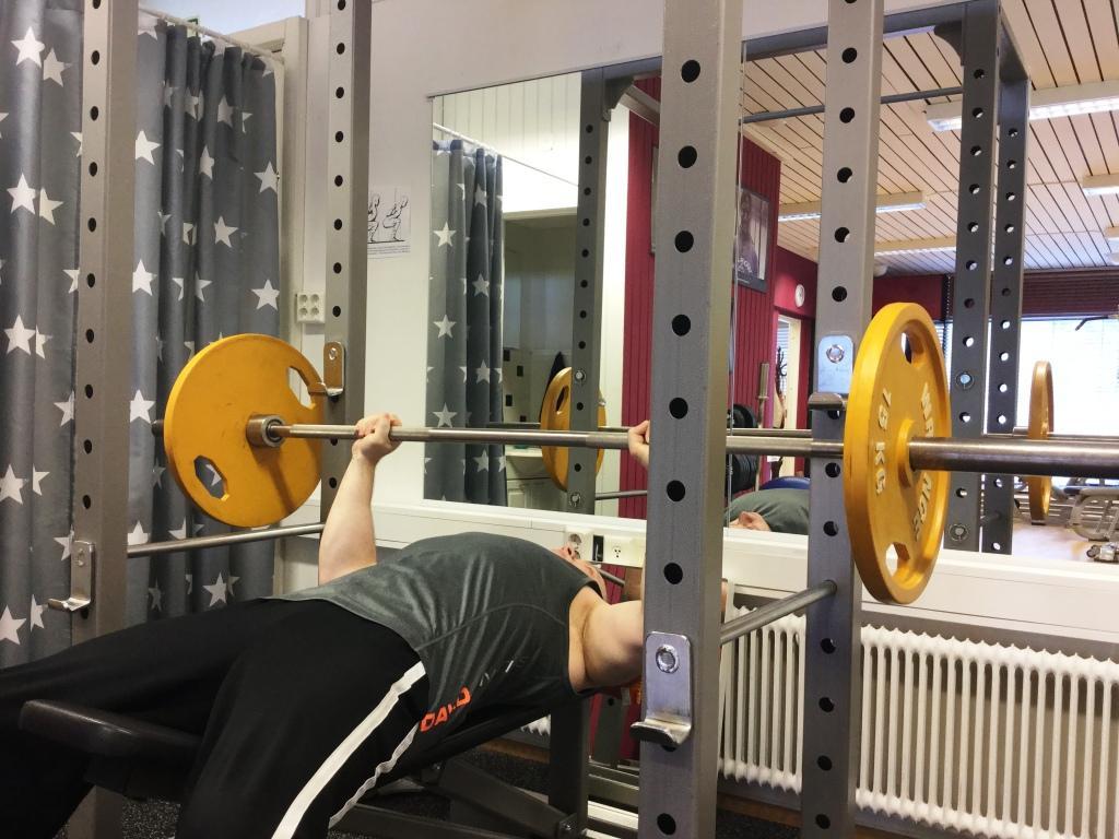 personal trainer Espoo kuntosali TipTopKuntoon